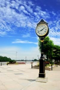 2012-02 Street Clock by the Bangpakong River Thailand